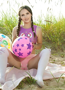 xxx pics Petite teen Lit shows her tight ass, ass , beach  foot fetish