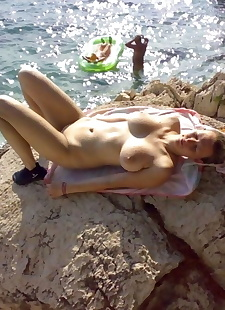 xxx pics Compilation of amateur chicks posing, ass , beach